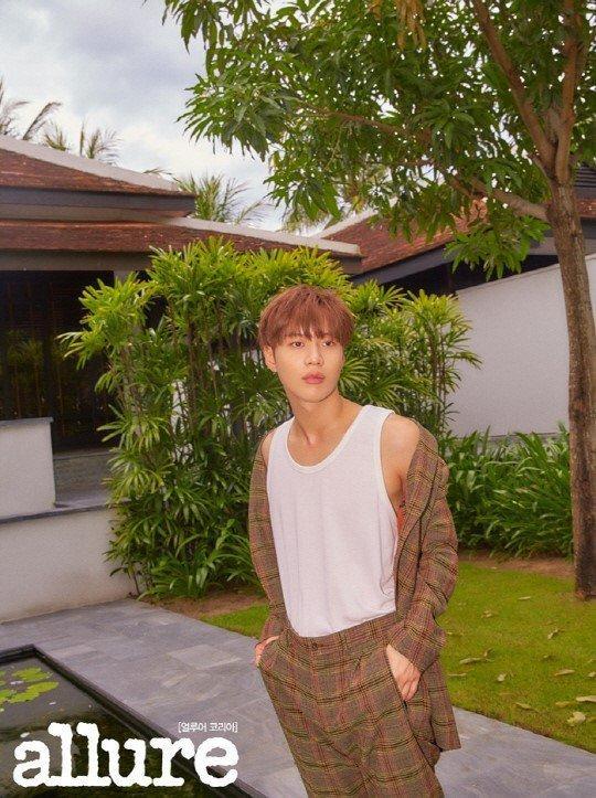 36 tuổi, Song Hye Kyo khoe làn da mịn màng, căng bóng đến gái mới lớn còn phải ghen tị-5
