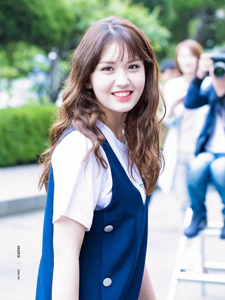 36 tuổi, Song Hye Kyo khoe làn da mịn màng, căng bóng đến gái mới lớn còn phải ghen tị-3