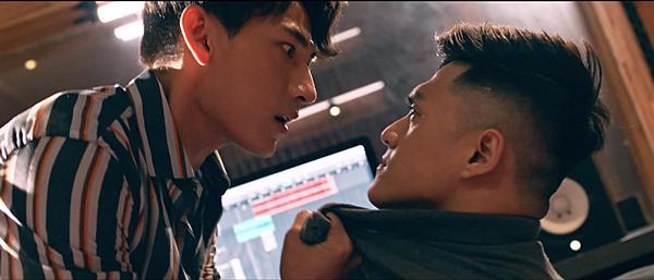 Trong phim mới, Isaac nổi điên dọa đánh Lâm Vinh Hải vì bị tố đạo nhạc-4