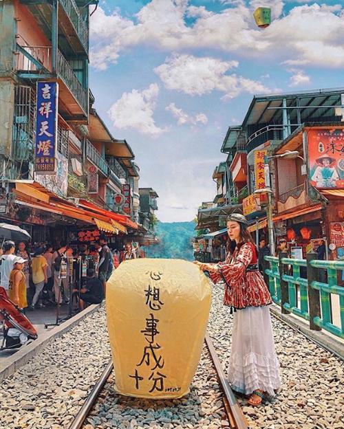 Fashionista Hà Trúc khám phá Đài Loan lạ chưa từng thấy-6