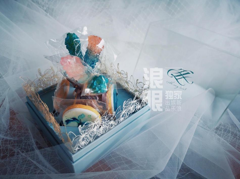 Lý Mạc Sầu Trương Hinh Dư tiết lộ địa điểm, thời gian đám cưới và cả hộp quà tặng khách tinh tế dễ thương-4