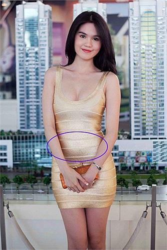 Sở hữu thân hình vệ nữ nhưng Hà Hồ, Ngọc Trinh lại thường xuyên bị váy áo tố giác vòng 2 như mang bầu-7
