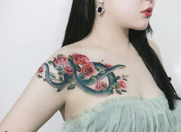 Phụ nữ Hàn đem cả vườn hoa lá lên ngực, đùi, hông...-13