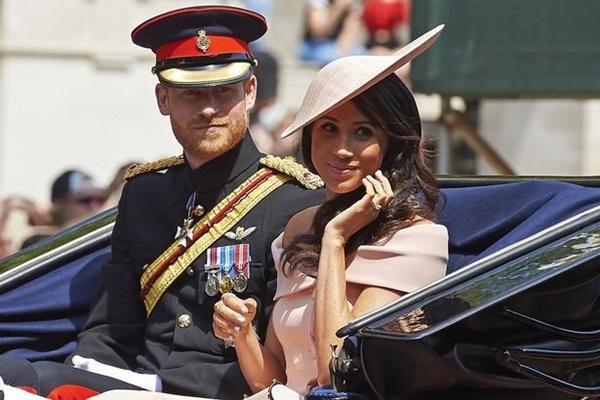 Gia đình Hoàng gia Anh đi nghỉ hè ở đâu?-8