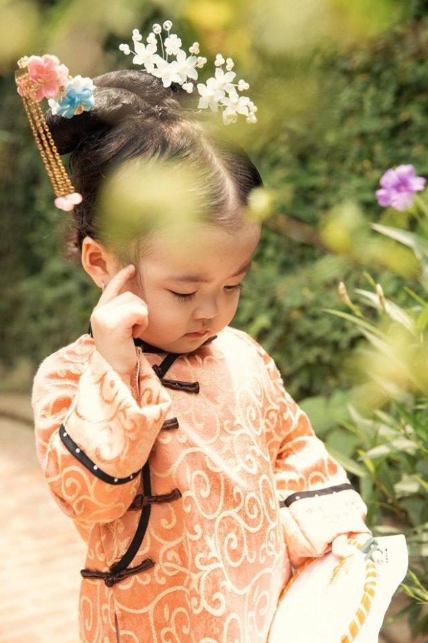 Nhóc tì người Việt hóa cung nữ Nguỵ Anh Lạc khiến dân tình mê mệt vì quá đáng yêu-8