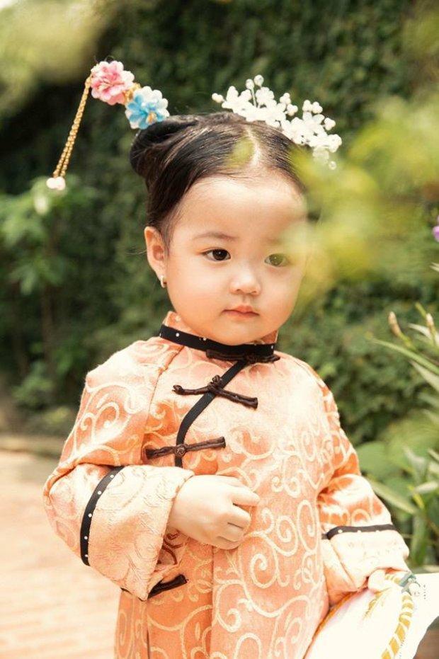 Nhóc tì người Việt hóa cung nữ Nguỵ Anh Lạc khiến dân tình mê mệt vì quá đáng yêu-9