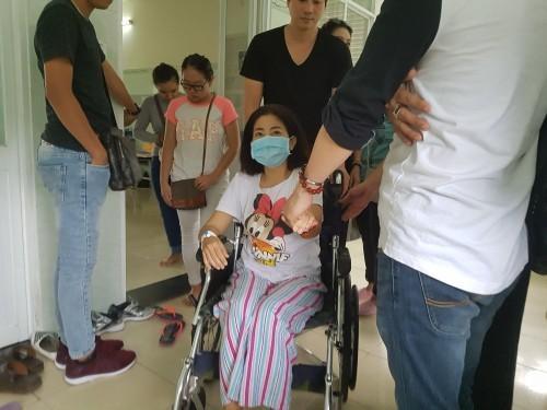 Cho dù sức khỏe suy kiệt, Mai Phương vẫn mong bố của con gái vì yêu mà về-1