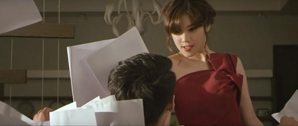 Vào vai Sư tử Hà Đông, Hoàng Yến Chibi khiến người xem khiếp vía với màn cầm dao dọa chồng-3