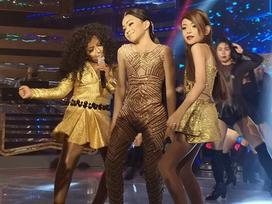 Màn cover hit 'Bang bang' của 3 cậu bé giả gái gây sốt