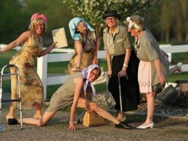 5 chòm sao thích ý tưởng vào viện dưỡng lão dưỡng già cùng bạn bè hơn là ở với con cháu