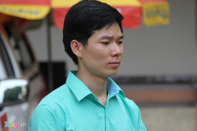 Đổi tội danh thành vô ý làm chết người với bác sĩ Hoàng Công Lương-1