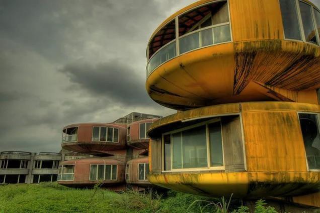 Khu nghỉ dưỡng cao cấp đóng cửa chỉ sau 2 năm khởi công vì hàng loạt cái chết bí ẩn-3