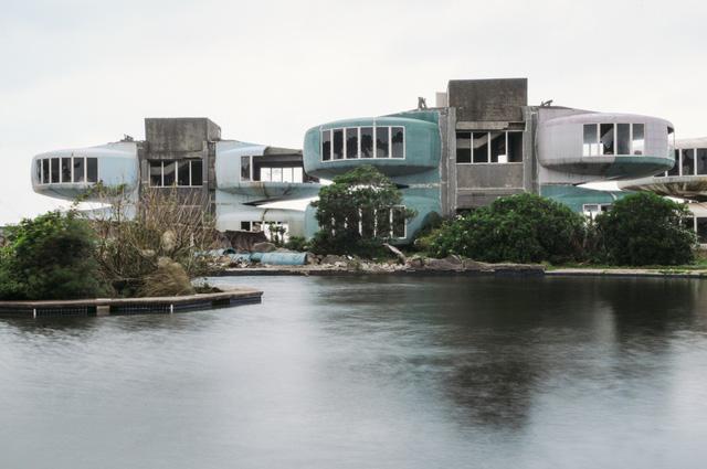 Khu nghỉ dưỡng cao cấp đóng cửa chỉ sau 2 năm khởi công vì hàng loạt cái chết bí ẩn-5