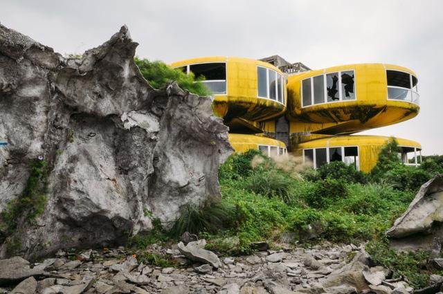 Khu nghỉ dưỡng cao cấp đóng cửa chỉ sau 2 năm khởi công vì hàng loạt cái chết bí ẩn-8