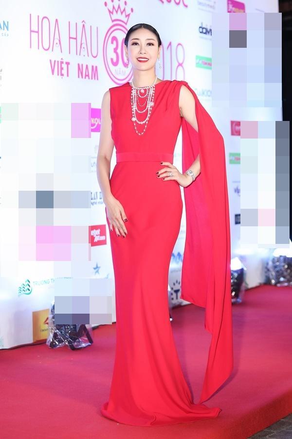 Hoa hậu Đỗ Mỹ Linh bất ngờ rũ bỏ mái tóc dài thay bằng mái tóc ngắn cá tính, đáng yêu hết cỡ-8