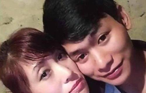 Chuyện tình của chàng 19 và nàng 49 gây bão cộng đồng mạng