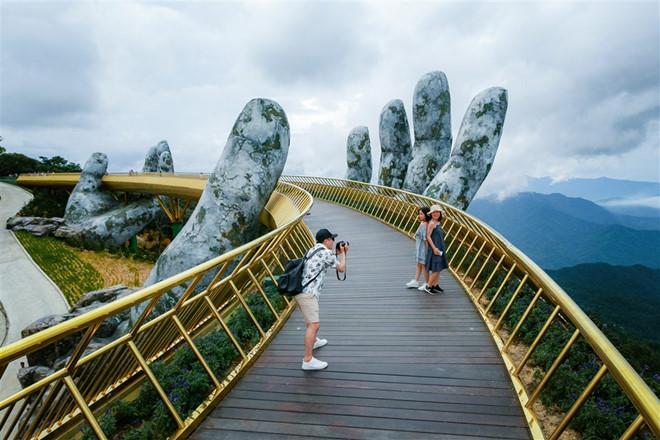 Cầu Vàng Đà Nẵng vào top 100 điểm đến tuyệt vời nhất thế giới-1