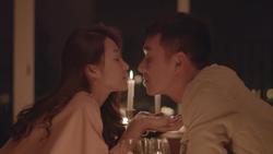 Những hình ảnh đầu tiên về 'Hậu duệ mặt trời' bản Việt: Khả Ngân hôn Song Luân đắm đuối