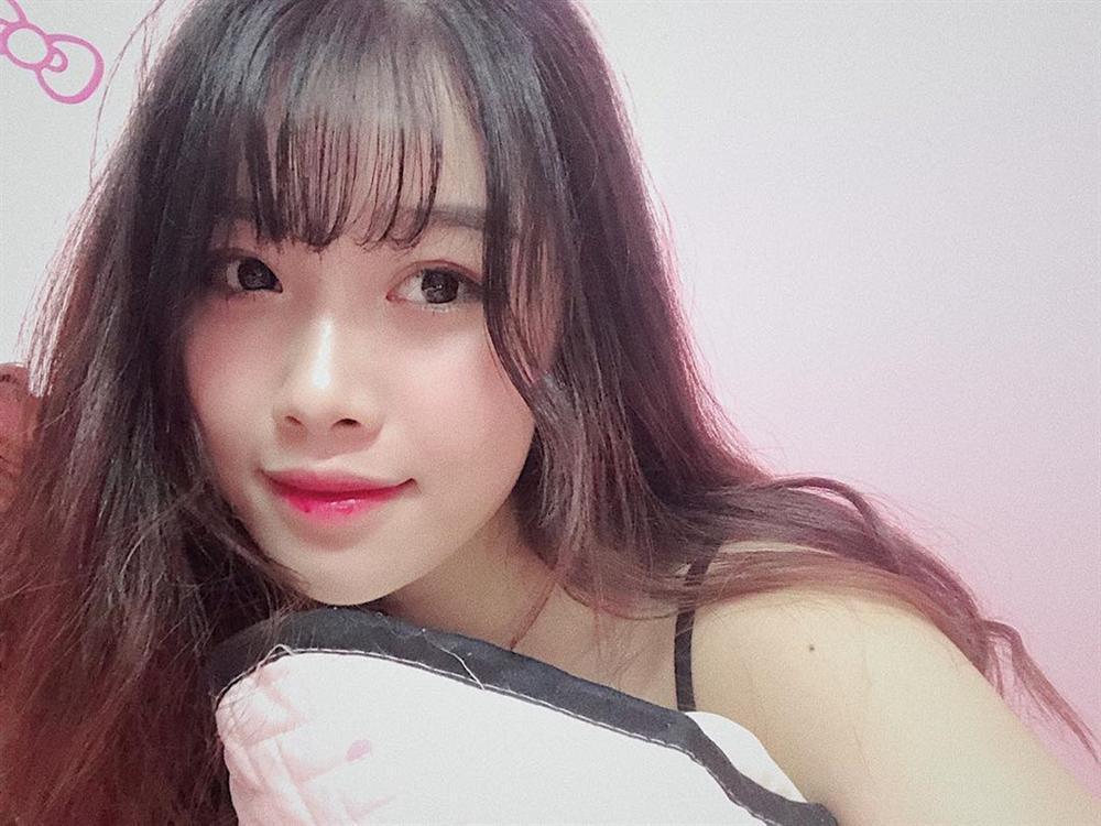Nhan sắc bạn gái Văn Toàn - người hùng Olympic Việt Nam-2