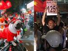 1.001 cách cổ động viên ăn mừng chiến thắng của Olympic Việt Nam