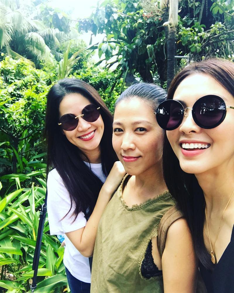 Tăng Thanh Hà tung tăng thăm thú vườn tược cùng hội bạn thân-1