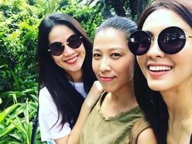 Tăng Thanh Hà tung tăng thăm thú vườn tược cùng hội bạn thân