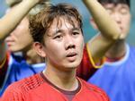 Khẳng định không biết bơi nhưng trung vệ Bùi Tiến Dũng quyết ăn thua đến cùng với Đình Trọng-5