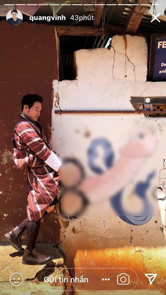 Lan truyền bức ảnh hoàng tử sơn ca Quang Vinh tạo dáng phản cảm bên hình vẽ bộ phận sinh dục-2
