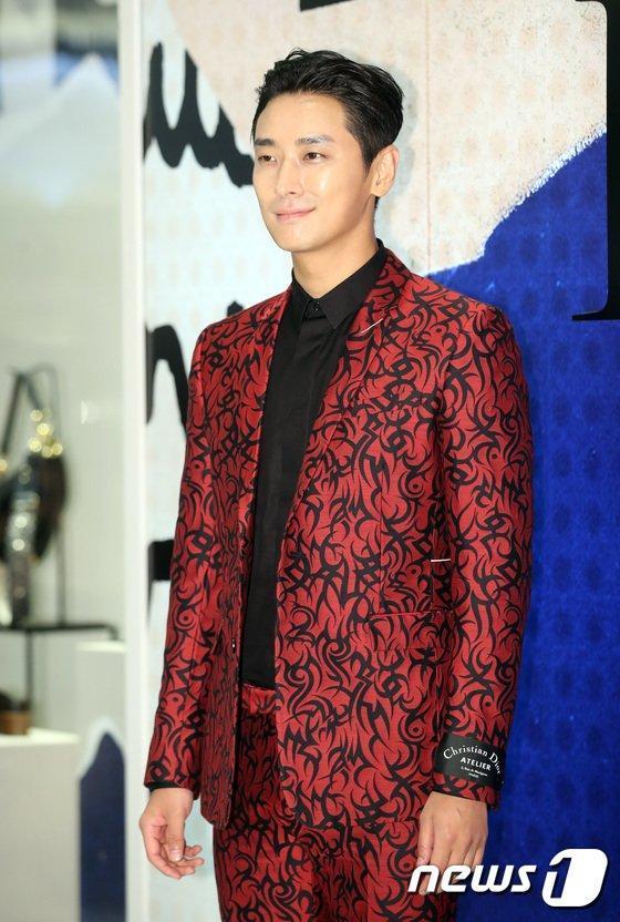 Bom tấn cổ trang của Song Joong Ki, Jang Dong Gun quy tụ thêm dàn sao khủng-4
