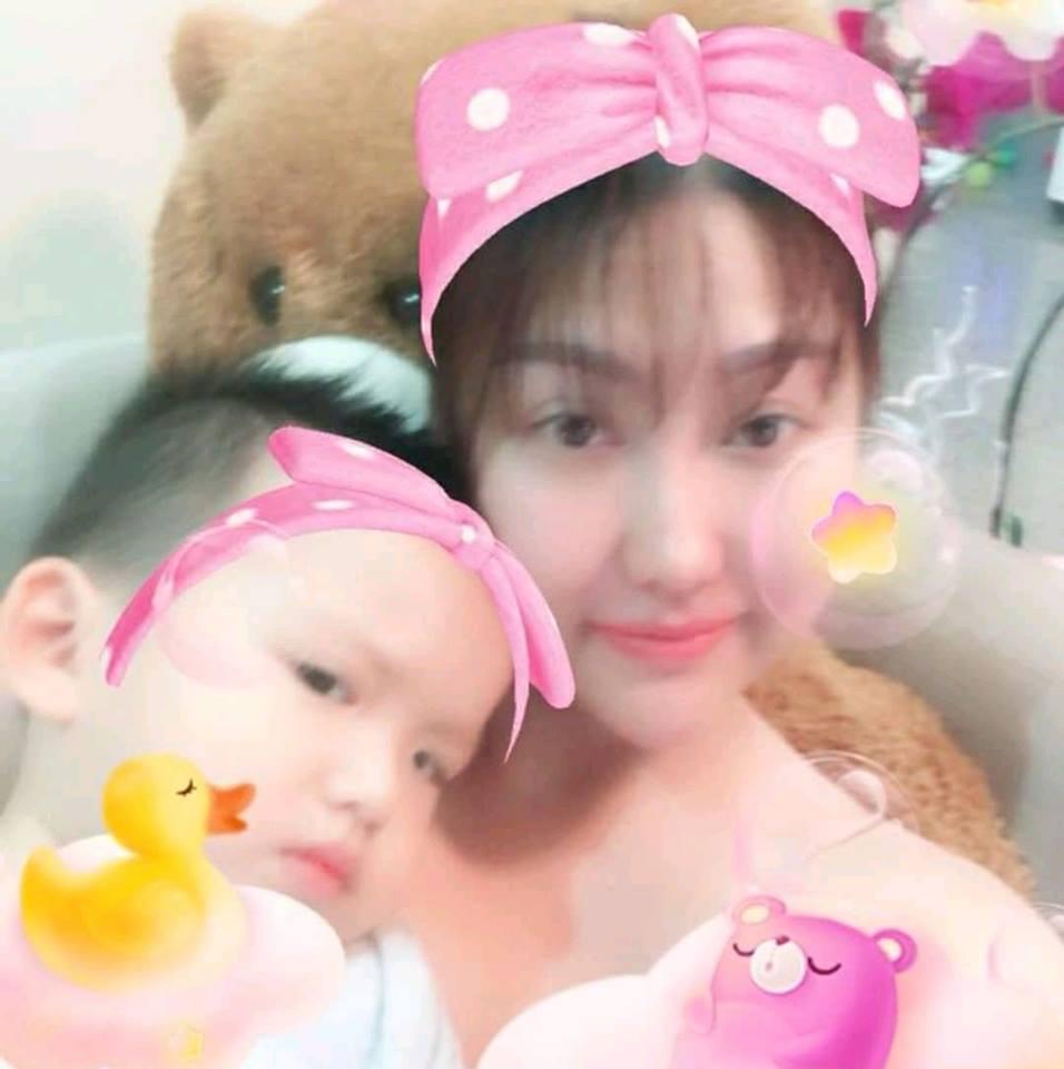 HỒ SƠ SAO: Phi Thanh Vân từ cô gái xấu xí đến bà mẹ đơn thân đắt xắt ra miếng-8