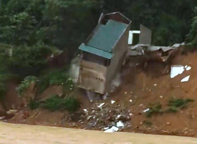Thanh Hóa: 13 người chết, mất tích do mưa lũ-5