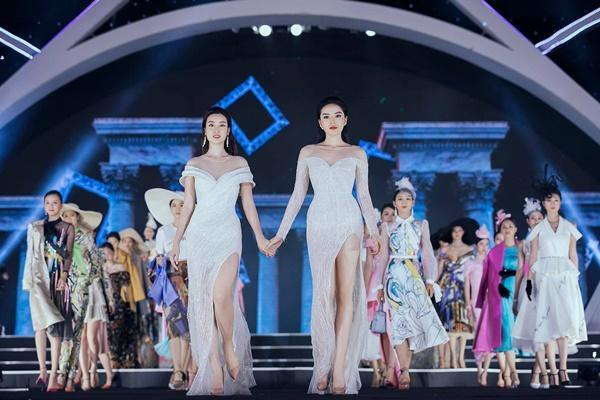Lần đầu tiên, hoa hậu Kỳ Duyên nắm tay Đỗ Mỹ Linh công phá sàn catwalk-5