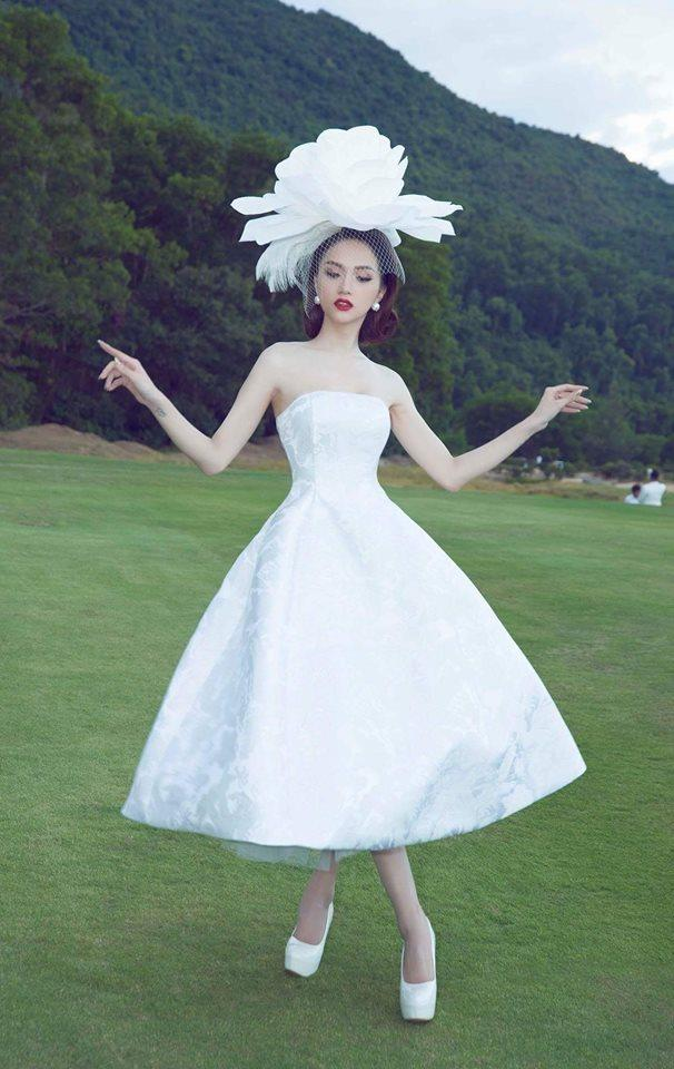 Học lỏm ngay bí kíp tạo dáng của hoa hậu Hương Giang để có được những bức ảnh ngàn like-3