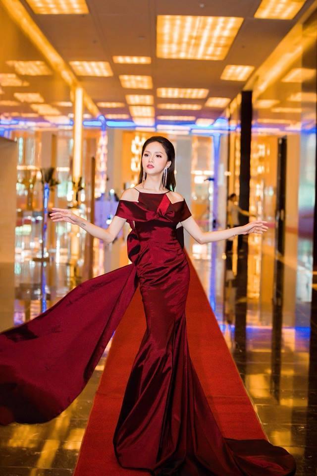 Học lỏm ngay bí kíp tạo dáng của hoa hậu Hương Giang để có được những bức ảnh ngàn like-6