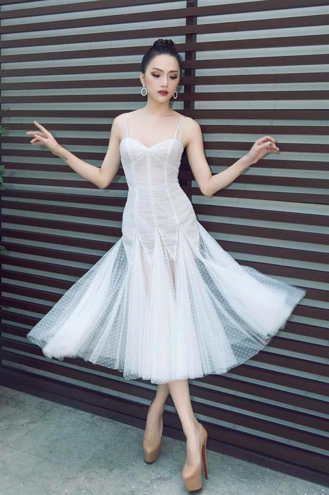 Học lỏm ngay bí kíp tạo dáng của hoa hậu Hương Giang để có được những bức ảnh ngàn like-4