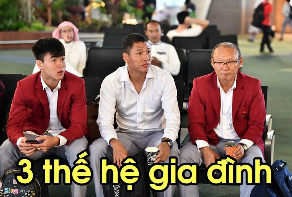 Loạt ảnh chế lầy lội chào đón Olympic Việt Nam về nước-2