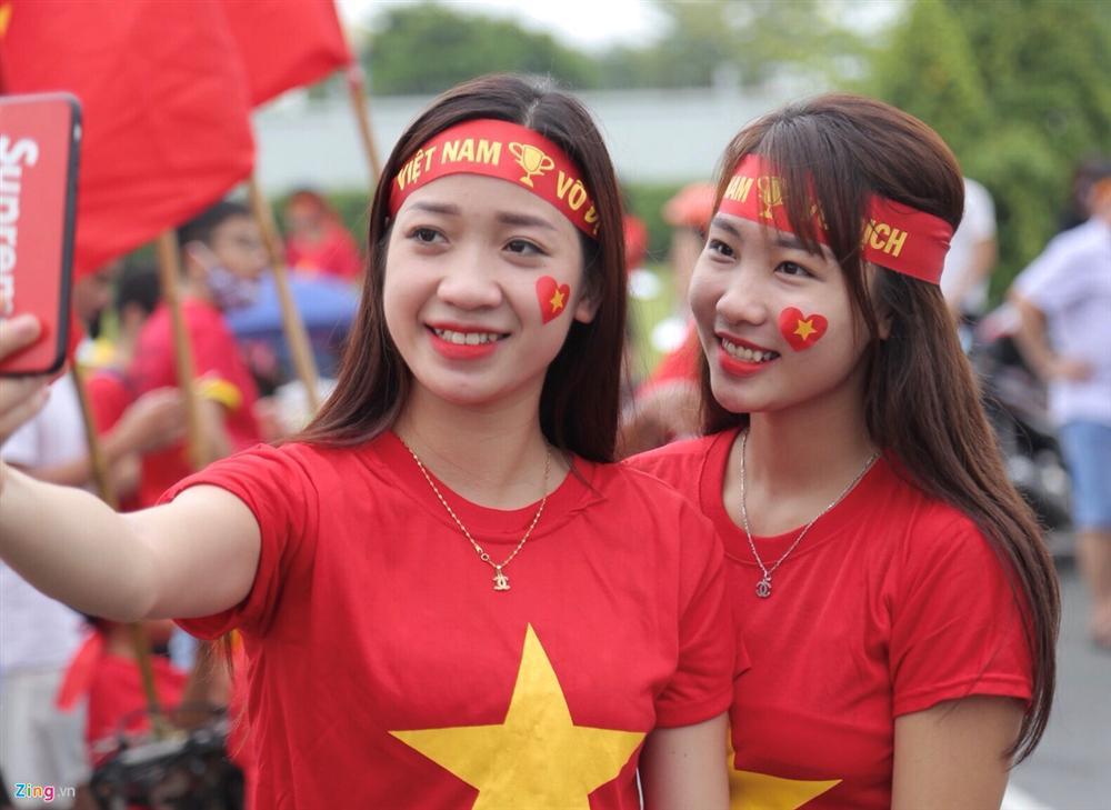 U23 Việt Nam bất ngờ đổi lịch trình di chuyển, nhiều fan mừng hụt vì không được gặp thần tượng-5