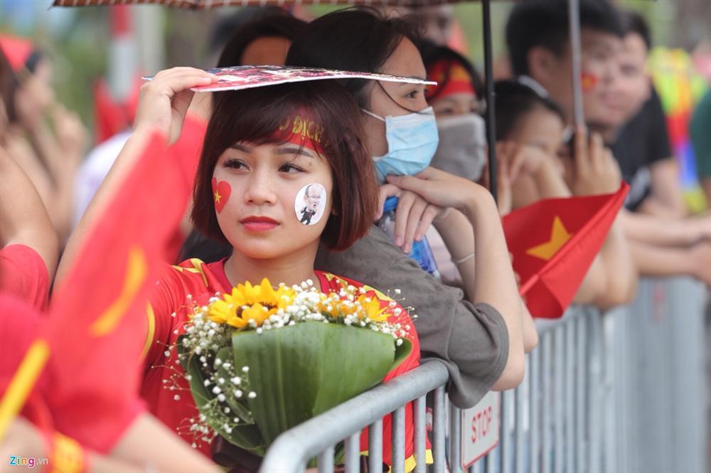 U23 Việt Nam bất ngờ đổi lịch trình di chuyển, nhiều fan mừng hụt vì không được gặp thần tượng-8