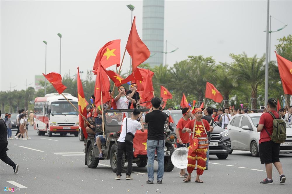 U23 Việt Nam bất ngờ đổi lịch trình di chuyển, nhiều fan mừng hụt vì không được gặp thần tượng-6