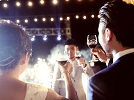 Người yêu cũ mời cưới, trả lời thế nào cho sang