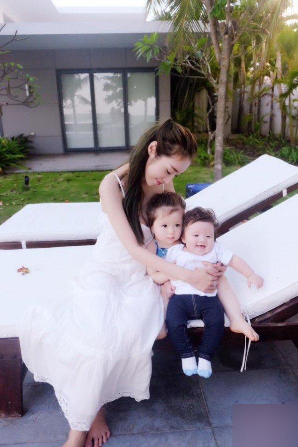 Các hot mom đình đám Elly Trần, Huyền Baby giàu cỡ nào?-2