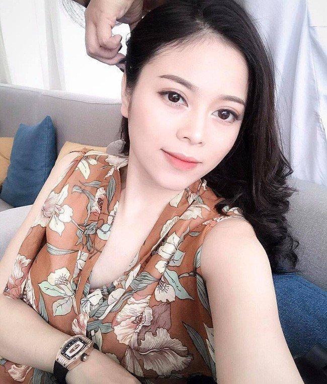 Các hot mom đình đám Elly Trần, Huyền Baby giàu cỡ nào?-10