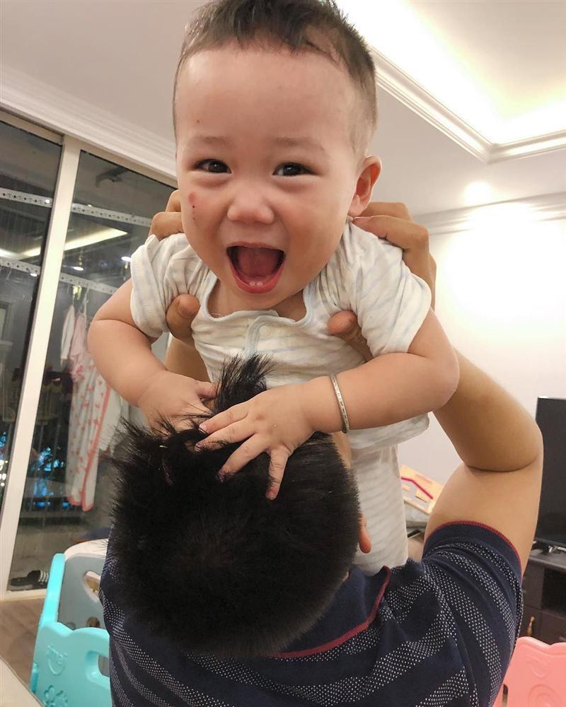 Các hot mom đình đám Elly Trần, Huyền Baby giàu cỡ nào?-14