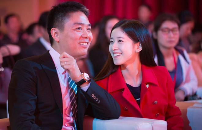 Chồng tỷ phú USD của hot girl trà sữa Trung Quốc bị bắt ở Mỹ vì án tình dục-3