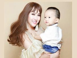 Phi Thanh Vân khoe clip con trai chưa đầy 3 tuổi ga lăng, siêu dễ thương