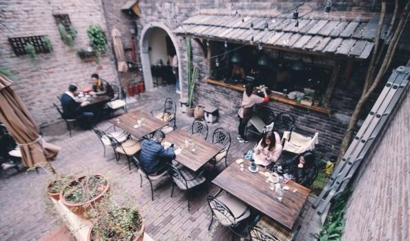 Những quán cafe có view đẹp ở Hà Nội được giới trẻ check-in nhiều nhất-6