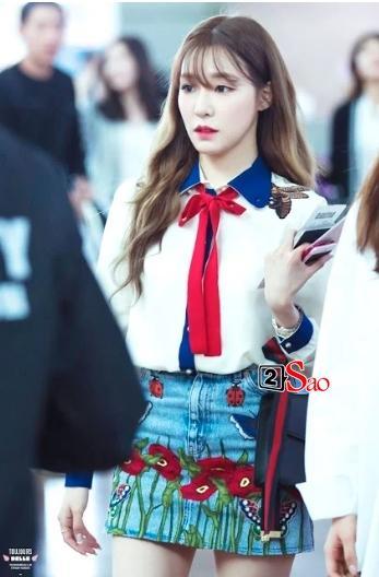 Mặc lại áo của Hà Hồ và Tiffany nhưng em út Jennie (Black Pink) đẹp xuất sắc lấn át 2 đàn chị-4