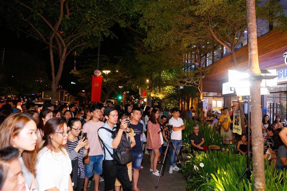 Siêu phẩm của Thái Hòa cán mốc 1 triệu lượt xem cùng doanh thu 70 tỷ đồng-2