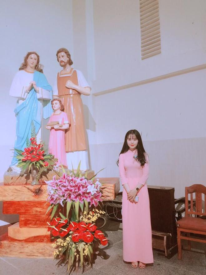 Nhan sắc của 2 cô gái dính tin đồn hẹn hò với Hà Đức Chinh-4