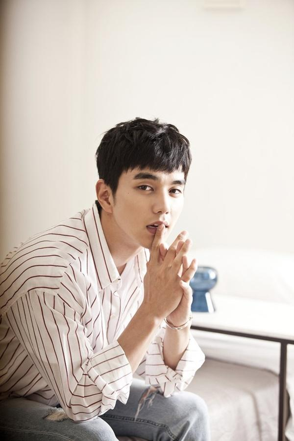 Nam thần vạn người mê Yoo Seung Ho tái xuất màn ảnh nhỏ cùng Jo Bo Ah trong phim truyền hình mới-9